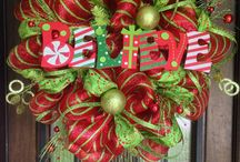 deco mesh christmas wreaths
