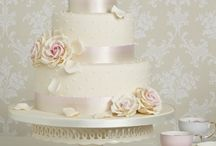 Wedding Cakes / by The KP Weddings
