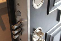 Ușa de blocat puternic