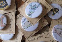 pins button badges