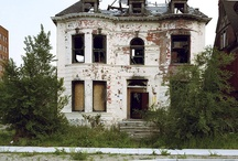 Abandoned Finds / by Lisa Darley-Graham