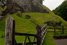 Castles and manor houses in England
