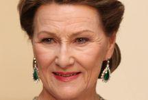 ROYALTY - Norwegian Crown Jewelry