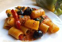 pasta tonno e peperoni e olive