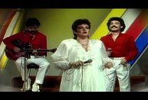 cantantes / by Familia Fica Pérez