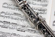 Pianos & Musical Inspo / by Emily Fagan