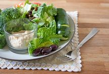 Symphonic Salads / Salads are a must-have in my eating plan. They're simple, delicious and healthy. Pin your favorites, and let me know if you've tried them!