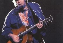 Top 10 Albums by Neil Young / A list with the 10 best albums made by Neil Young.
