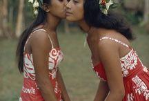 Tiki & hula