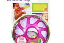 Articole pentru baie 2013 / http://idealbebe.ro/accesorii-pentru-bebelusi-articole-pentru-baie-c-34_47.html