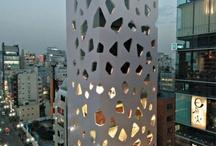 Komeat rakennukset