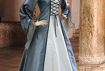 historiallisia pukuja-historical dresses