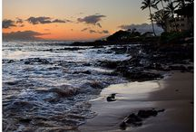 Hawaii Wedding Venues & Photo Locations / Photos and Descriptions of various Hawaiian wedding venues and photoshoot location ideas.  Hawaii wedding photo location inspiration #Hawaii #HawaiiWedding #DestinationWedding