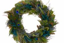 Wreaths / Ideas for future wreath making.  / by Lauren Kitchens
