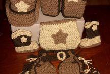 crochet items / by Kendra Loeb