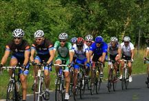 Mapei Tour de Zalakaros 2015 / A Mapei lett a bringások körében népszerű, már évek óta megrendezésre kerülő zalakarosi kerékpárverseny névadó szponzora, amely 2015. június 19-21-én kerül megrendezésre.  Versenyzők és lelkes amatőrök két napos kerékpáros rendezvénye ez, de igazi családbarát programnak is ígérkezik. Fürdőzéssel, gyönyörű tájakkal, és persze sok letekerhető kilométerrel. A verseny hivatalos honlapja: http://www.vuelta.hu/tourdezalakaros