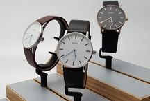 Shaper Classic watches / The classic minimalist line of our watch collection Shaper. A 40mm timepiece for man and woman. Contemporary smartwatches.