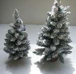 Kunstige juletræer / Fås i flere farver og str.