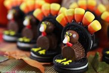 Thanksgiving Food and Decorations / by Brooke Gupton