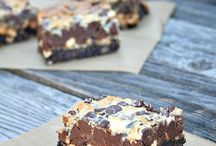 Bars, Brownies and Cookies / by Anna Wasierski