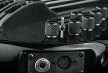 Saber Bass / Our lightwave optical pickups create pure sound