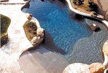 vast zwembad in de tuin