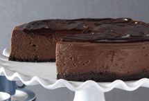 Σοκολατένιο cheesecake με μπισκοτένια βάση και γκανάς σοκολάτας
