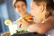 Φαστ φουντ και παιδιά / Γιατί τα παιδιά τρώνε fast food!