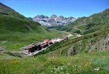 Por las crestas de Astún  / Sobrevolamos la estación recorriendo sus cumbres