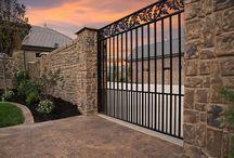 Precast fencing & construction / uses of precast concrete in fencing, walls, entryways, and facads