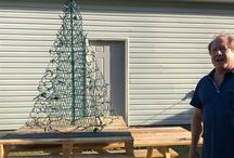 Helpful Hints / Our tips and tricks for perfectly setting up your Crab Pot Tree and decorating for Christmas!