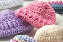 háčkování a pletení / čepice, oblečení