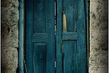 Doors I Love / Doors  and passages that burst with poetry and character