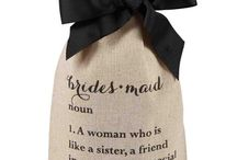 WEDDING | Bridesmaid Gift