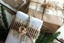 Gift Wrapping Ideas / by Cindy Davis