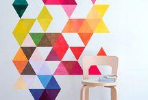 MID CENTURY GEOMÉTRICO / A Casa D´art oferece uma vasta gama criativa de autocolantes Mid Century Geométrico. Personalize qualquer sala ou escritório com estes incríveis autocolantes Mid Century Geométrico.