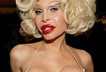 is amanda lepore your mother????