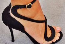 ...ayakkabı...