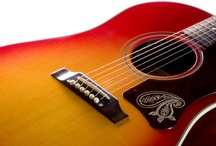 Round Shoulder (Acoustic) / by Gibson Guitar