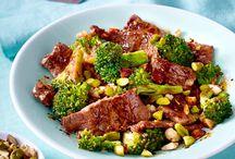 Low Carb-Rezepte / Kochen mit wenig Kohlenhydraten: Unsere besten Low Carb-Rezepte für jeden Tag.