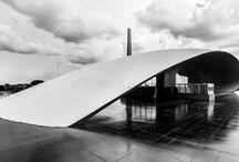 /Oscar Niemeyer