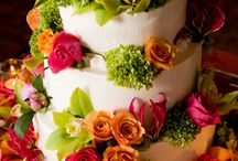 Flowers in the cake