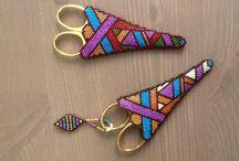Beaded scissors