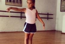ballett girls / by Simone Bosbach