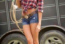 Sexy Cowgirls!