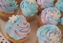 Frozen cup cake