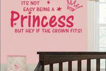 Muurstickers baby- en kinderkamer / Leuke vrolijke muurstickers voor op de baby- en kinderkamer. Pvc stickers, Eco-vriendelijk. Makkelijk te plaatsen op alle gladde oppervlakken en makkelijk te verwijderen . Zeer sfeerbepalend in een ruimte.