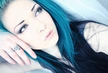 capelli colorati / i colori più strani per i capelli