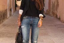 Style / Fashion inspiration. I love preppy, trendy and classy casual styles.