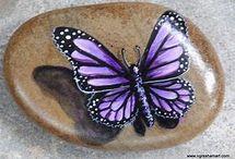 ζωγραφική σε πετρες